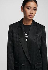 KARL LAGERFELD - CAMEO  - Krátký kabát - black - 4