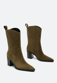 Uterqüe - High heeled ankle boots - brown - 4