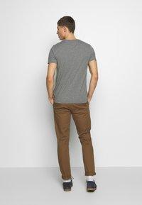 Tommy Hilfiger - TEE - T-shirt imprimé - grey - 2
