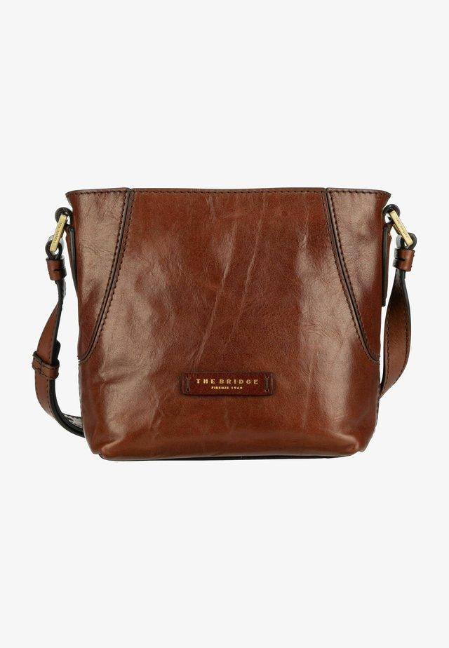 CATERINA - Across body bag - marrone/oro