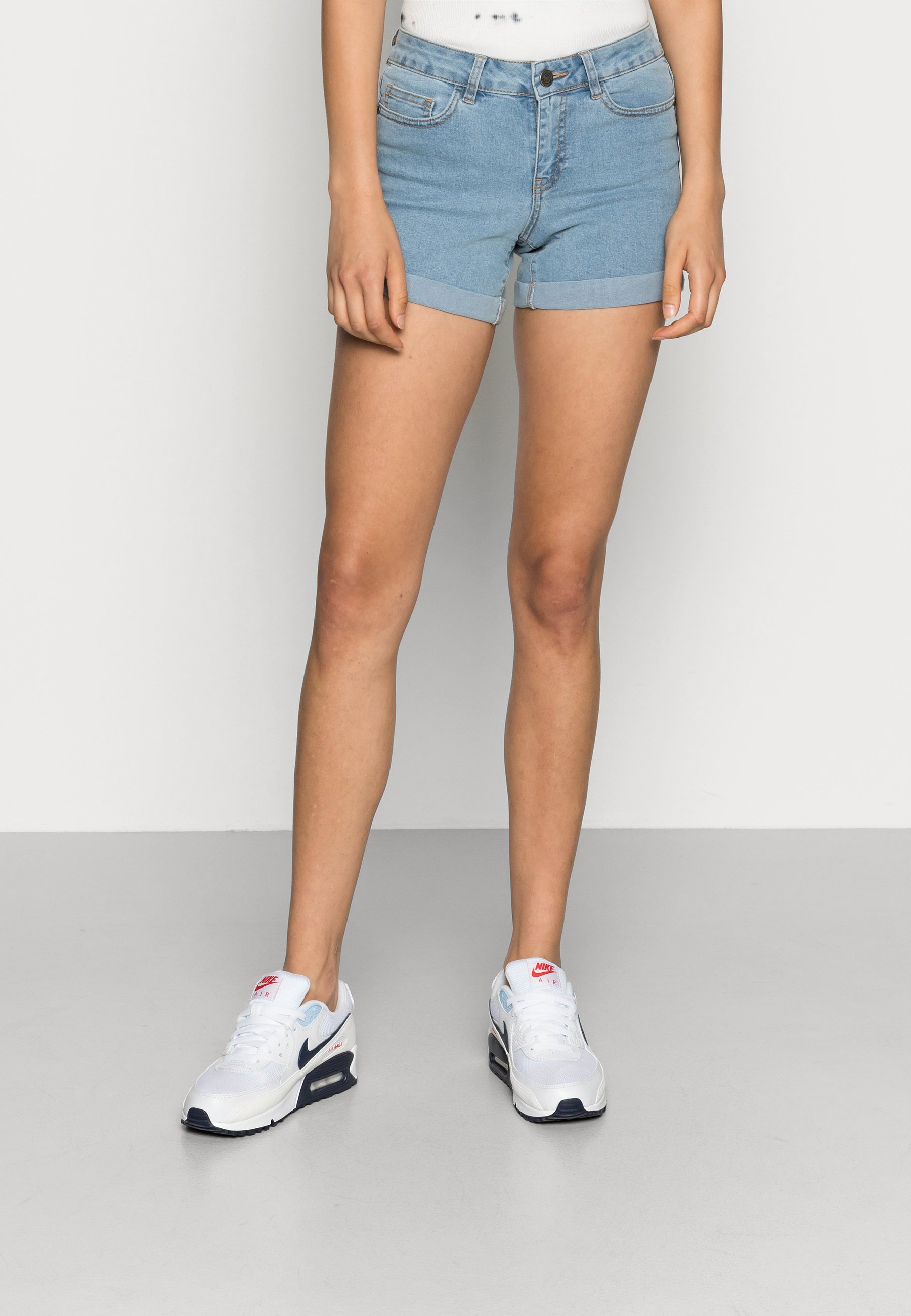 Donna NMBE LUCY FOLD - Shorts di jeans