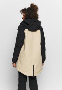 Burton - GORE EYRIS - Snowboard jacket - black - 2