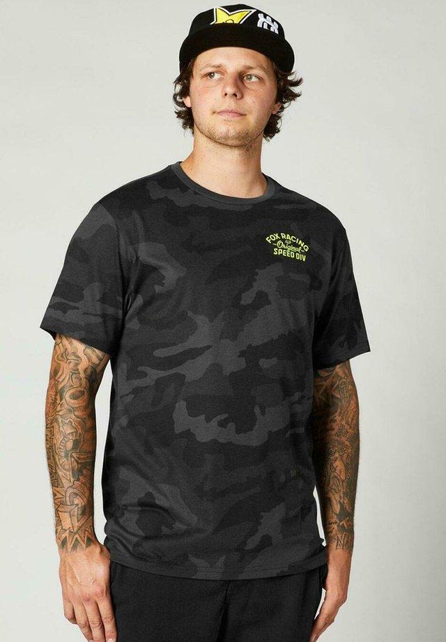 Camiseta estampada - black camo