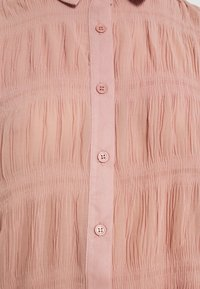 Missguided - SHEER CRINKLE EXTREME OVERSIZED SHIRT - Button-down blouse - blush - 5