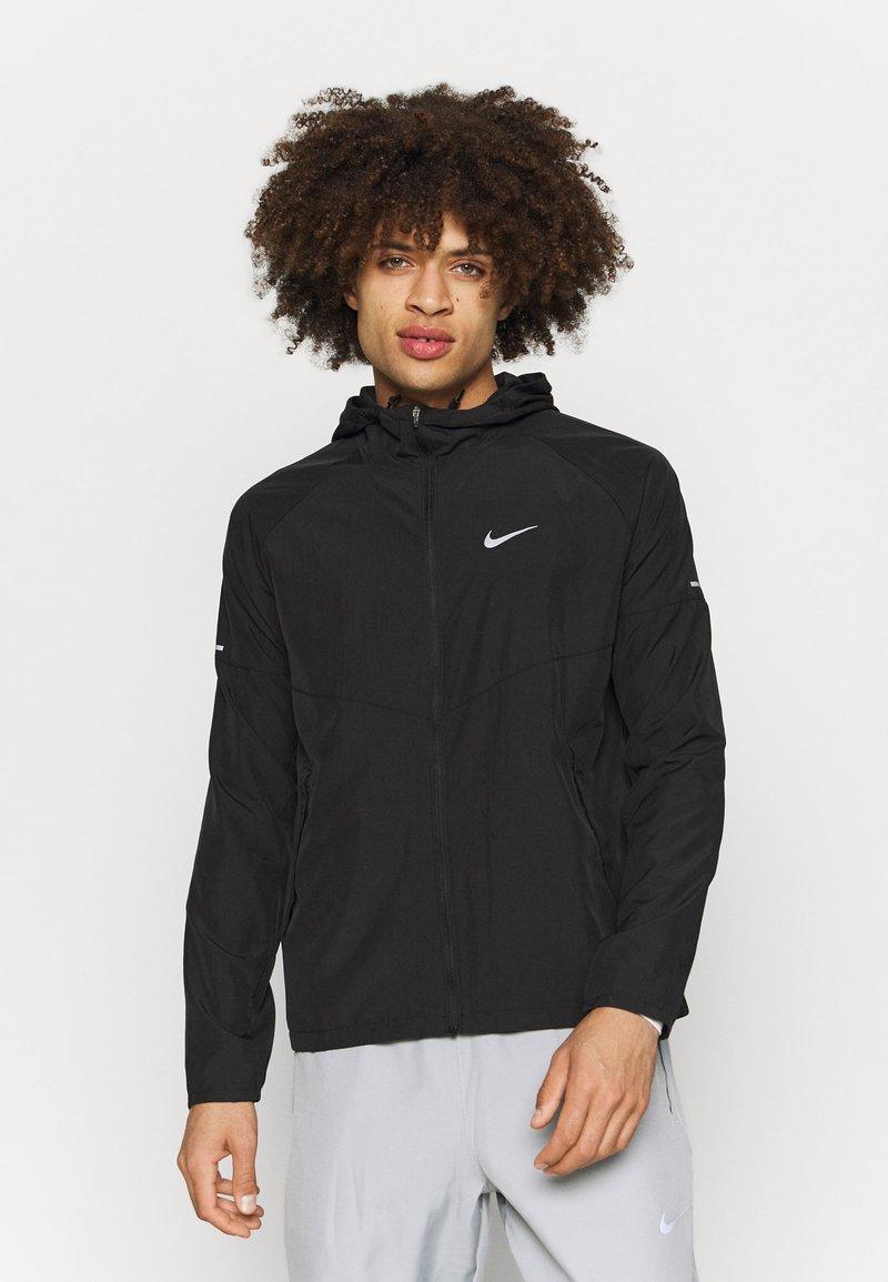 Nike Performance - MILER  - Löparjacka - black