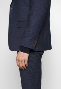 Limehaus - MINI CHECK SUIT - Suit - navy - 6