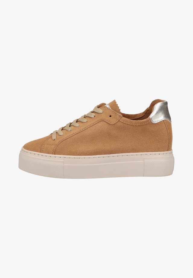Trainers - caramel