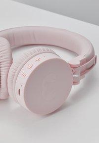 Fresh 'n Rebel - CAPS WIRELESS HEADPHONES - Headphones - cupcake - 6