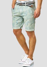INDICODE JEANS - Shorts - surf spray - 0