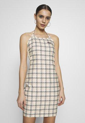TESS - Žerzejové šaty - eggnog