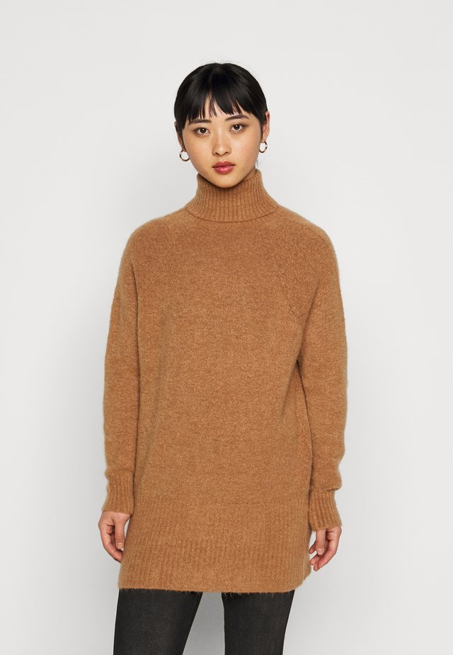 LONGLINE JUMPER WITH ROLL NECK AND LONG SLEEVES - Jumper - camel