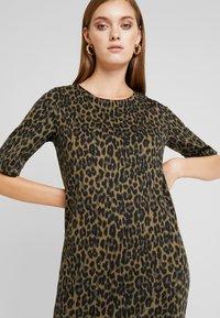 b.young - RIZETTA DRESS - Jersey dress - olive night - 5
