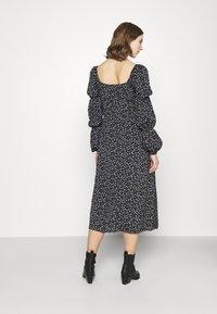 Missguided - SQUARE NECK MIDI DRESS FLORAL - Day dress - black - 2