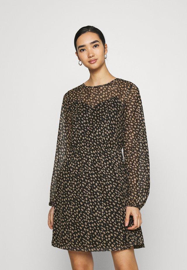 Day dress - black/camel