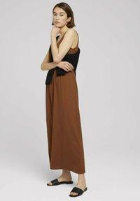 TOM TAILOR DENIM - Maxi dress - amber brown - 1