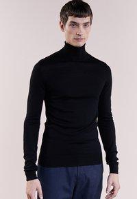 Bruuns Bazaar - CHARLES ROLL NECK - Trui - black - 0