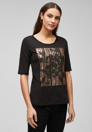 MIT PAILLETTEN - Print T-shirt - black sequins placed print