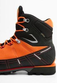 Mammut - KENTO HIGH GTX MEN - Mountain shoes - sunrise/black - 5