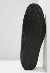 NOIRE LINE - MARC - Volnočasové šněrovací boty - black - 4