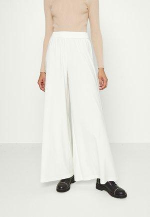 KENLEY PALAZZO PANT - Broek - off white