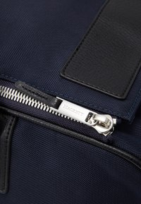 Hackett London - DOUBLE ZIP - Weekend bag - navy/black - 6
