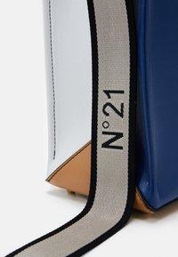 N°21 - SMALL SET - Handbag - white - 3