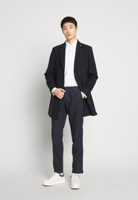 GAP - NEW SLIM PANTS - Kalhoty - tapestry navy - 1