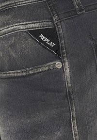 Replay - ANBASS WHITE SHADES - Jeans Tapered Fit - light grey - 6