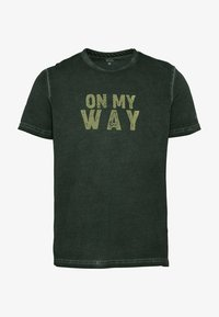 camel active - Print T-shirt - leaf green - 5