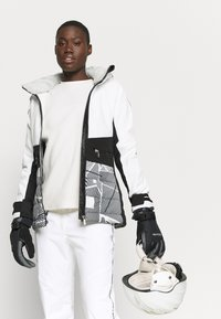 Icepeak - ELY - Ski jacket - optic white - 5