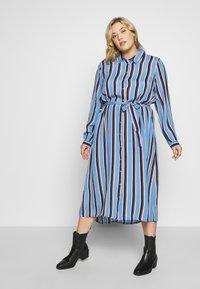 Kaffe Curve - DOLINE DRESS - Robe chemise - provence - 0