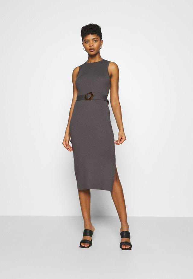 IMOGEN SLEEVELESS MIDI DRESS - Pouzdrové šaty - dark grey