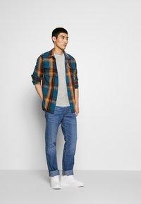 JOOP! Jeans - MITCH - Jeans straight leg - blue denim - 1