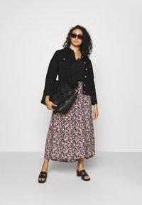 Selected Femme Curve - SLFTENNA JACKET - Denim jacket - black denim - 1