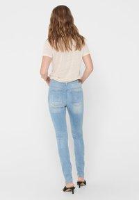 ONLY Tall - ONLKENDELL LIFE - Skinny džíny - light blue denim - 2