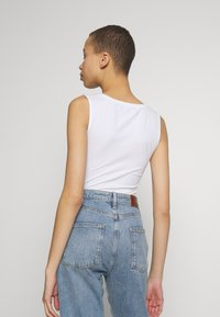 Calvin Klein Jeans - SMALL INSTITUTIONAL TANK BODY - Top - bright white - 2