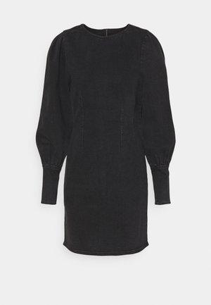BYLIKA PUFF DRESS - Denimové šaty - black denim
