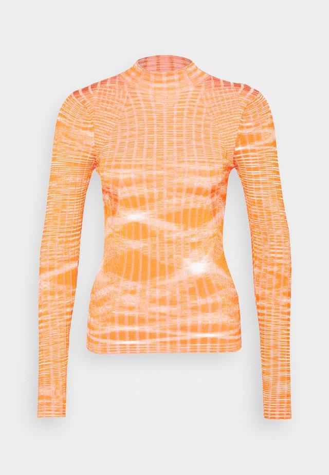 CAISA - Sweter - peach