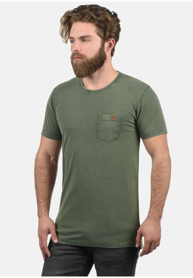 JACK - T-shirt print - climb ivy