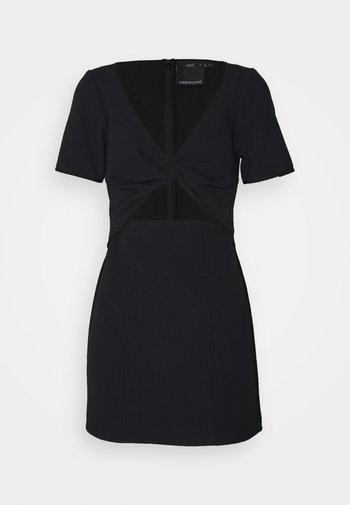 CIRCULATE MINI DRESS - Koktejlové šaty/ šaty na párty - black