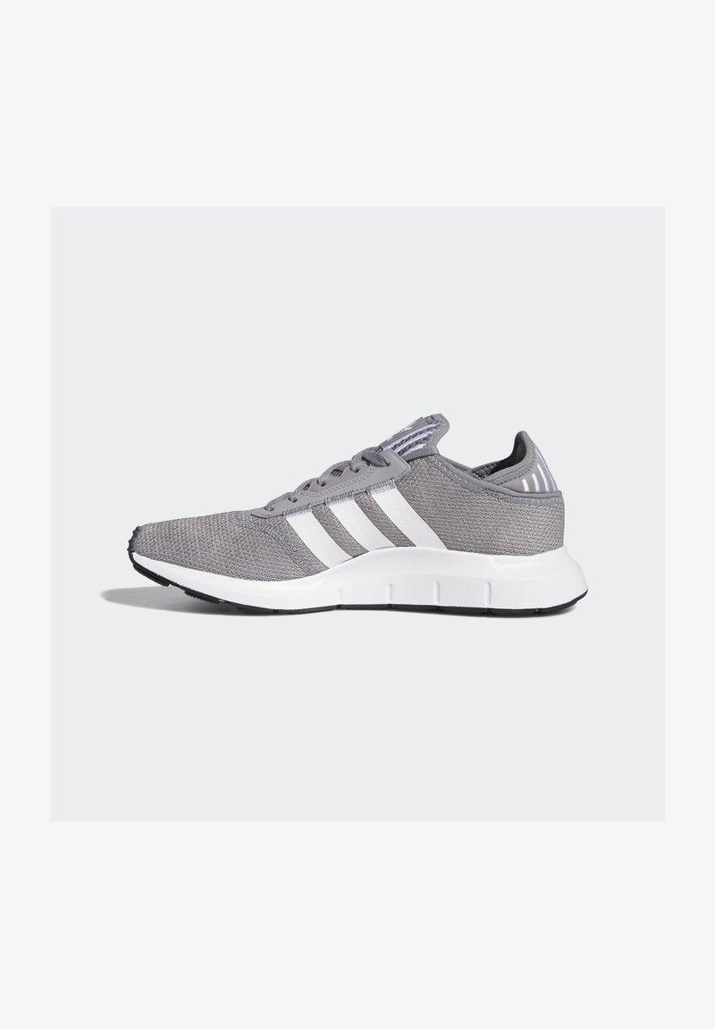 adidas Originals - SWIFT UNISEX - Trainers - grethr/ftwwht/cblack