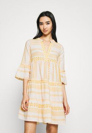Day dress - birch/new dicthe/saffron