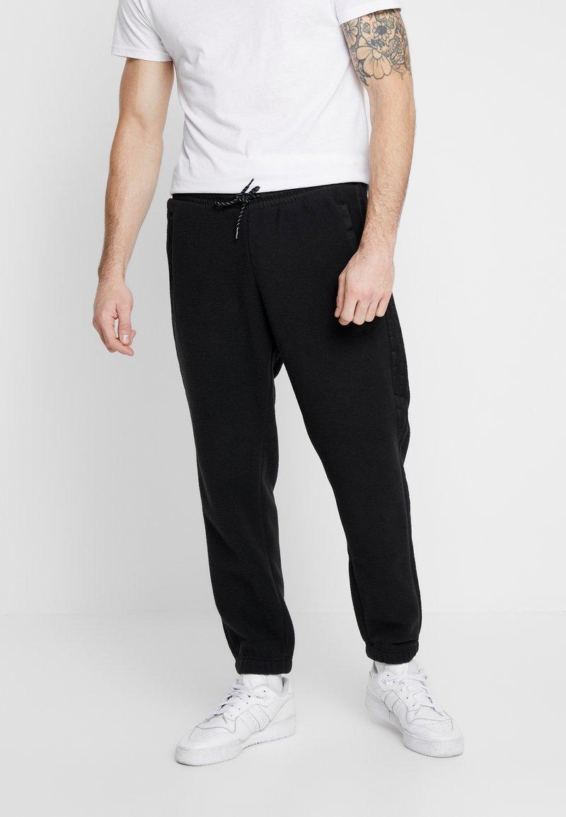 adidas Originals - POLAR PANT - Trainingsbroek - black/silver