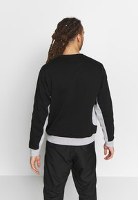 Lacoste Sport - TAPERED - Collegepaita - black/silver chine - 2