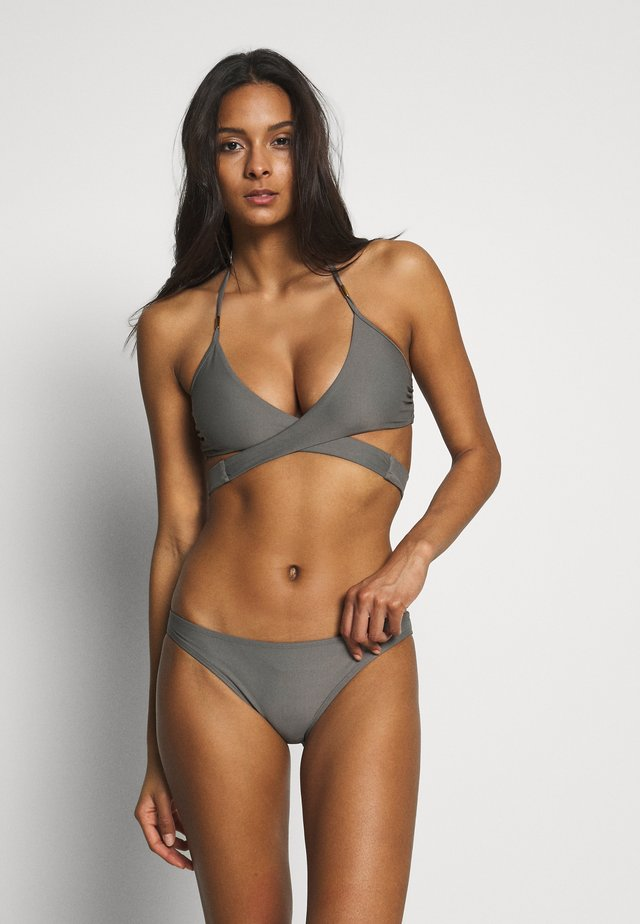 TRIANGLE - Bikini top - tribe