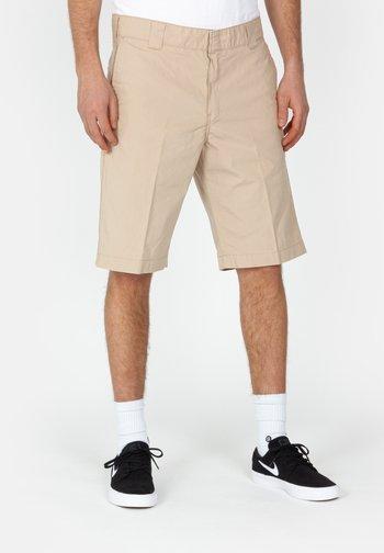 MASTER - Shorts - beige