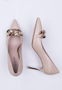 TJ Collection - High heels - beige - 4