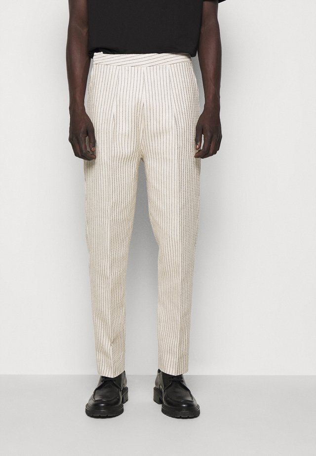 DAWN CROPPED TROUSERS - Kangashousut - off white