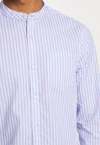 Scotch & Soda - LIGHTWEIGHT STRIPED SHIRT - Shirt - purple/white - 7
