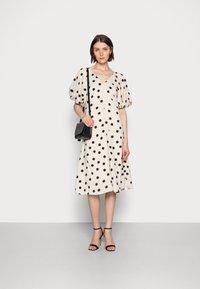 Love Copenhagen - VETA DRESS - Day dress - sesame dot - 1